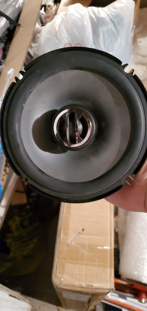 I have 2 61/2 speakers for sale for Sale in New Haven, CT