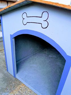 175 Great Dog Houses Size XL 🍞New for Sale in Highland,  CA