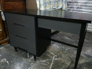Refurbished Mid Century Wood 4 Drawer Desk for Sale in Virginia Beach, VA