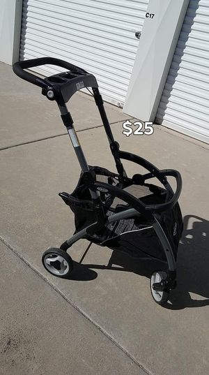 Graco click connect stroller for Sale in Fresno, CA