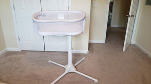 Halo Bassinet swivel sleeper and jumper. for Sale in Greensboro, NC