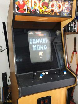 Arcade Game With 60 Classic Games In It for Sale in Tigard,  OR