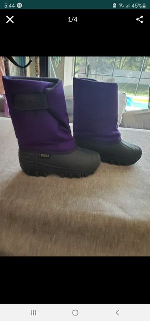 Kids boots for snow size 12 for Sale in Tampa, FL