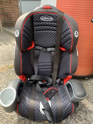 Graco convertible car seat (30-100 lbs) for Sale in University Place, WA