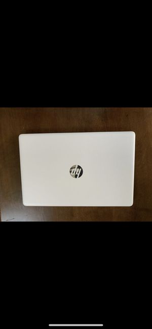 BACK TO SCHOOL LAPTOP - HP 15 (15.6in, AMD A9, 4GB, 1TB, Snow White) laptop for Sale in Orlando, FL