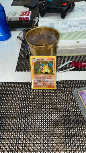 Pokemon charizard holo base set for Sale in Glendale, AZ
