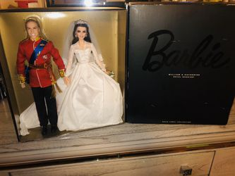 2011 royal wedding edition Barbie Collectable for Sale in Brockton,  MA