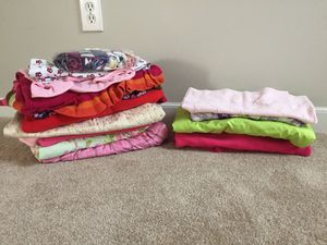 Girl clothes size 5-7, all in good condition, wear couple of times or new, kids grow fast for Sale in Powell, OH