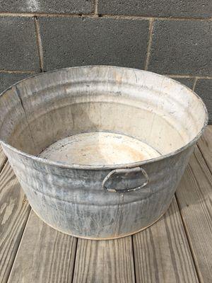 Antique wash tub for Sale in Winston-Salem, NC