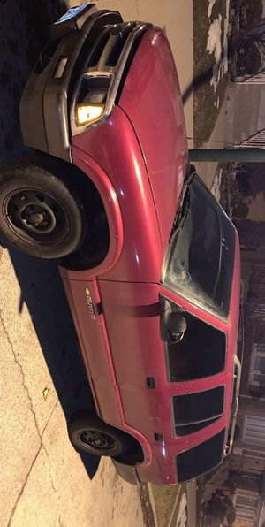1997 Chevy blazer 4x4 for Sale in Chicago, IL