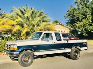 1996 Ford F 250 4x4 7.5L for Sale in Mather, CA
