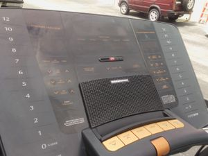 Nordictrack. A2550 treadmill for Sale in Tampa, FL
