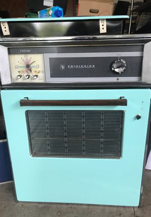 Vintage baby blue Electric Oven . for Sale in Santee, CA