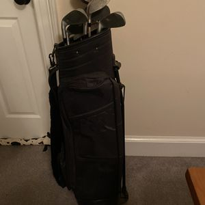 Tour Design Gilf Clubs And Bag for Sale in Gainesville, VA