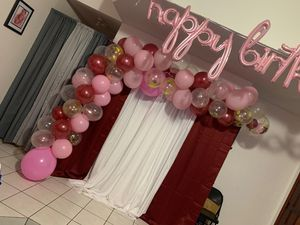 Free balloon decoration only for Sale in Hialeah, FL