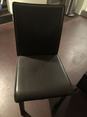 Chair for Sale in Garden Grove, CA