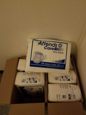 Adult diaper with tabs for Sale in Roland, OK