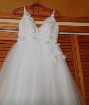 Wedding dress white for Sale in Newark, NJ