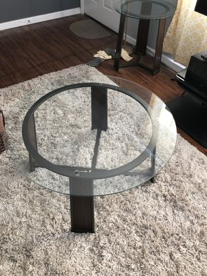 Coffee Table and 2 end tables for Sale in Las Vegas, NV