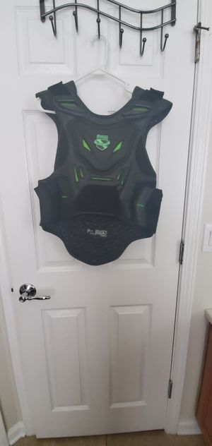 Icon motorcycle vest large/XL for Sale in Riverview, FL