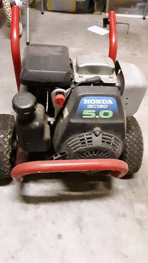 Pressure washer for Sale in Lake Wales, FL