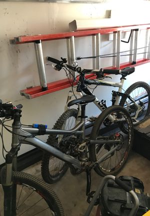 Two Giant mountain bikes for Sale in Escondido, CA