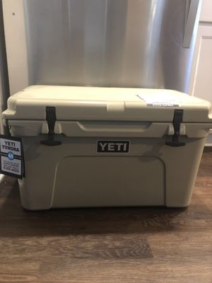 YETI Tundra 45 Cooler for Sale in Columbus, OH