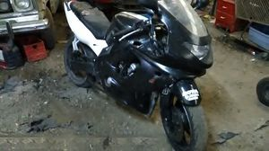 1997 yzf 600r streetbike for Sale in Sandy, OR