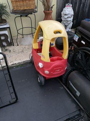Lil tykes car for Sale in Davie, FL
