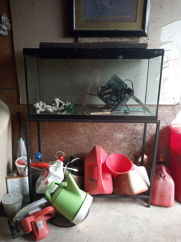 Fish tank with metal frame stand