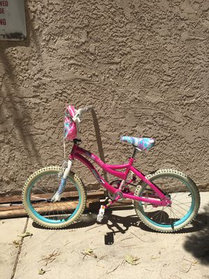 Girl bicycle for Sale in Los Angeles, CA