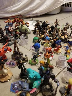 (53)Disney Infinity characters All fit $265 LOCATION Mount Dora Fla 32757. Stop for Sale in Mount Dora,  FL
