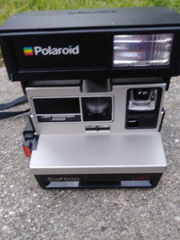 Polaroid 600 Sun Camera