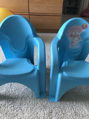 Kids chair set for Sale in Honolulu, HI