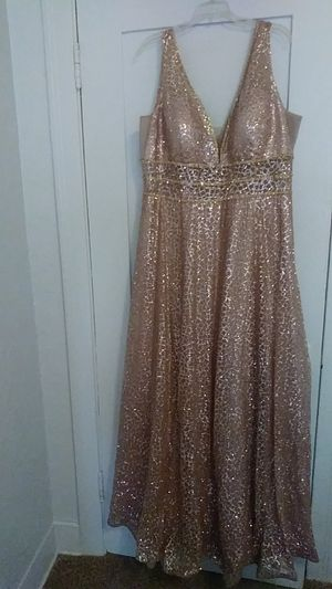 Elegant plus size dress size 20 for Sale in Los Angeles, CA