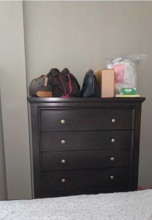 Brown Dresser for Sale in Cliffside Park, NJ