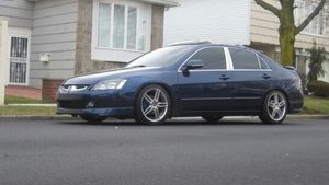 Price $800 Honda Accord Urgent 2004 for Sale in North Providence, RI