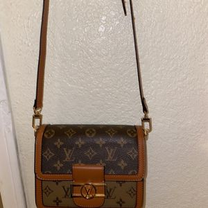 Louis Vuitton Bag for Sale in Moreno Valley, CA