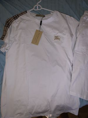 Burberry set for men's for Sale in Kissimmee, FL
