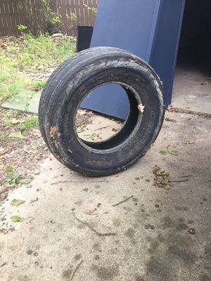 FREE Tires for flower bed/ garden for Sale in Parma, OH
