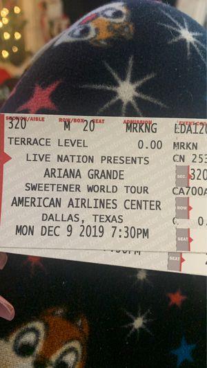 Ariana grande for Sale in Mesquite, TX