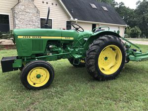 950 John deer diesel tractor with new finish mower 6 ft for Sale in Hockley, TX