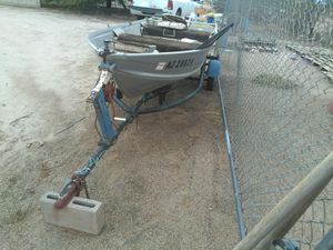 12' Montgomery Ward's aluminum outboard boat for Sale in Mobile, AZ