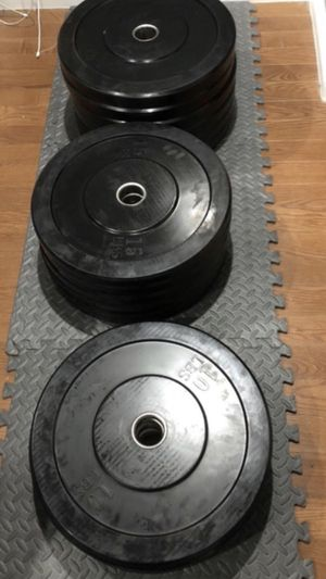 Olympic Rubber/ Bumper Plates/ Weights 300lbs for Sale in San Gabriel, CA