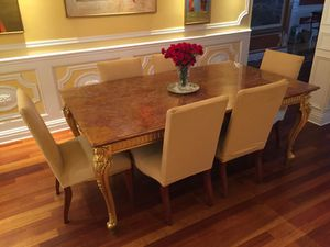 Italian Onyx Classical Dining Table (Seats 6, Custom Made) for Sale in New York, NY