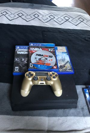 Ps4 slim comes with gold controller n 4 games for Sale in Los Angeles, CA