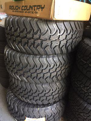 Tire. Lift kit. Suspension parts for Sale in Miami, FL