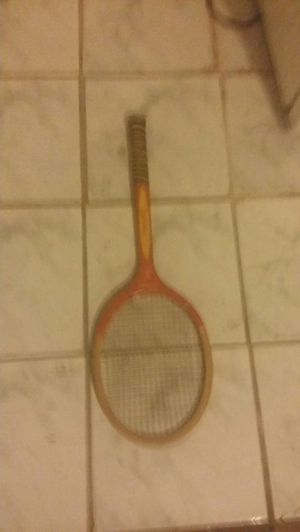 Spadling tennis racket for Sale in Brooklyn, NY