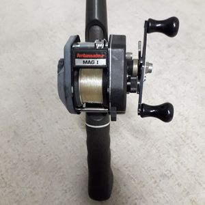 "Abu Garcia Ambassadeur Ultra Mag l Baitcasting Fishing Reel & Bass Pro-Comp Graphite 5'6"" Fishing Rod Combo for Sale in Norwalk, CT"