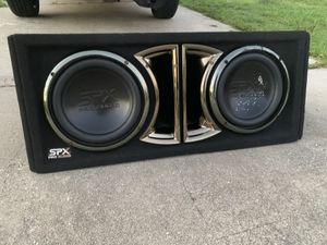 SPX pro audio (2) Size 10 used condition like new very loud! 1200 watts for Sale in Cape Coral, FL